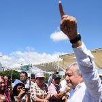 AMLO apoyará a migrantes centroamericanos para evitar presiones de Estados Unidos