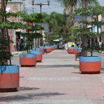 Anuncia alcaldesa pavimentación de calle Vicente Suárez