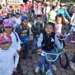 Participan 120 niños en Paseo Ciclista