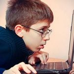 """Crece la """"miopía"""" en niños y adultos"""