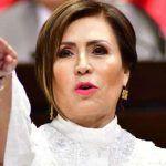 Rosario Robles, ¡Se salva por un pelo de rana calva!