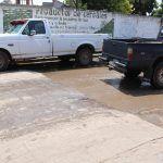 Alfombra de lodo en calle principal pavimentada de Galera de la Grulla