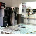 Atracan dos cajeros automáticos en Celaya