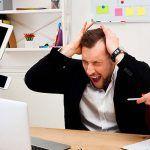 Trabajar más de 8 horas diarias te puede causar un derrame cerebral