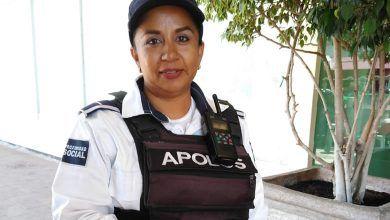"""Photo of Su misión ser """"policía de corazón"""""""