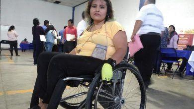 Photo of Andrea Alejandra sale a buscar empleo para sacar adelante a sus hijos