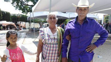 Photo of Familia campesina opina a favor de alcaldesa de Pueblo Nuevo