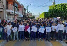 """Photo of Más de 1,000 niños participan en la carrera  """"Kids Race"""" en Cuerámaro"""
