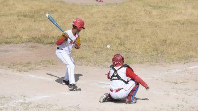 Photo of Se enfrentan equipos en juegos de play off