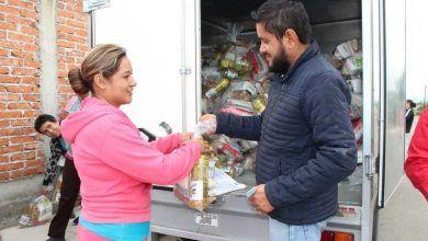 Photo of Entregan DIF y presidencia despensas a familias neo-poblanas