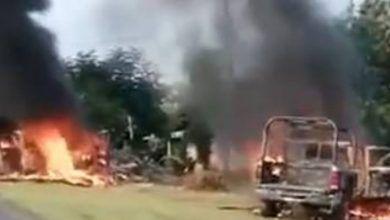 Photo of Emboscan y asesinan a 13 policías en Michoacán