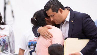 Photo of Se reúne Gobernador Diego Sinhue con familiares de personas desaparecidas