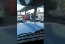 Photo of Cuando al trailero «le sobra barrio» y la hace de reportero