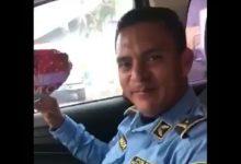 Photo of Policía recibe regalo de San Valentín poco antes de morir en tiroteo