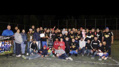 """Photo of """"Dirty la capilla de salamanca"""" bi-campeón en la liga de fútbol uruguayo de Pueblo Nuevo"""