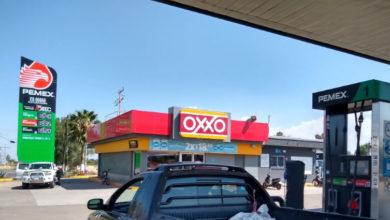 Photo of En Irapuato 15 pesos gasolina roja o Premium, en Cuerámaro 19.35