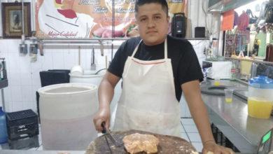 Photo of Comerciante de pollo sufre por bajas ventas